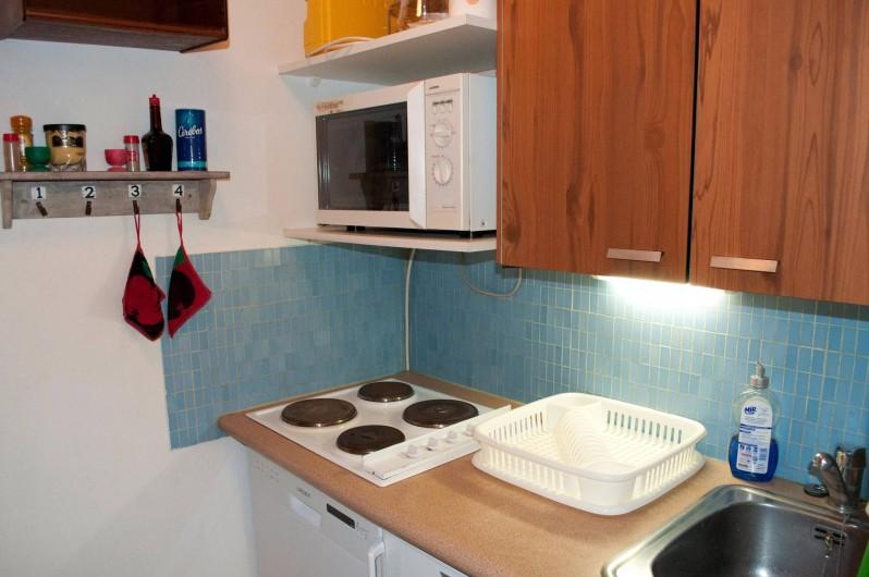 Location de vacances - Appartement à Le Lavachet - Cuisine qui a été rénovée depuis ces photos