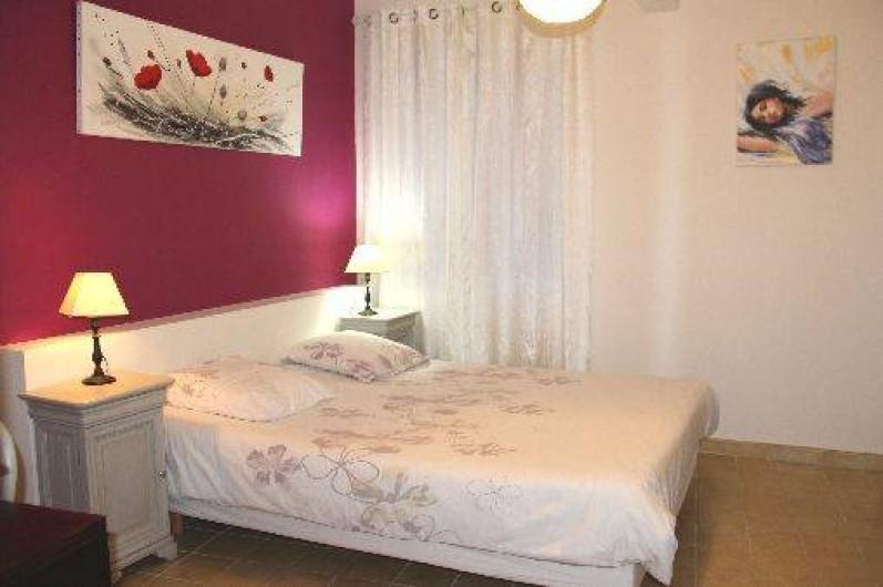 Location de vacances - Appartement à Robion - chambre
