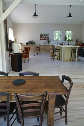 Location de vacances - Villa à Saignon - cuisine vue du salon