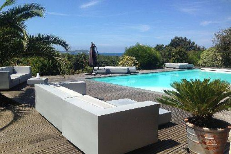 Location de vacances - Appartement à Porticcio - terrasse piscine