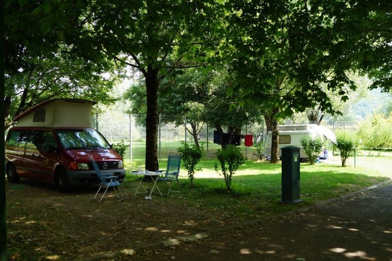 Location de vacances - Bungalow - Mobilhome à Chalezeule - Un petit coin à l'ombre