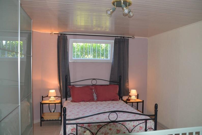 Location de vacances - Gîte à Les Assions - chambre 1 lit double 1 lit simple 1 lit bb sur demande