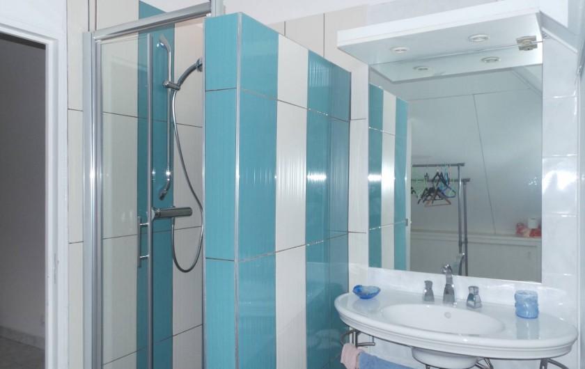 Location de vacances - Appartement à Saint-Paul - La salle d'eau  de la chambre 1