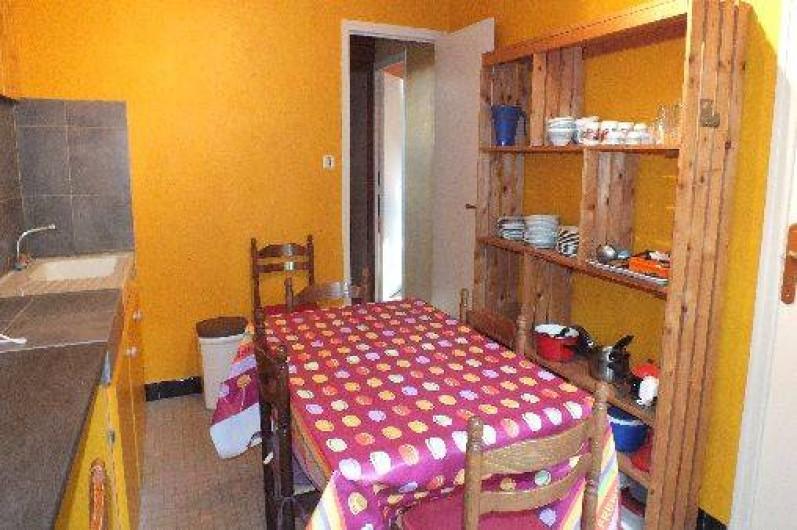 Location de vacances - Gîte à Ayzac-Ost - Cuisine