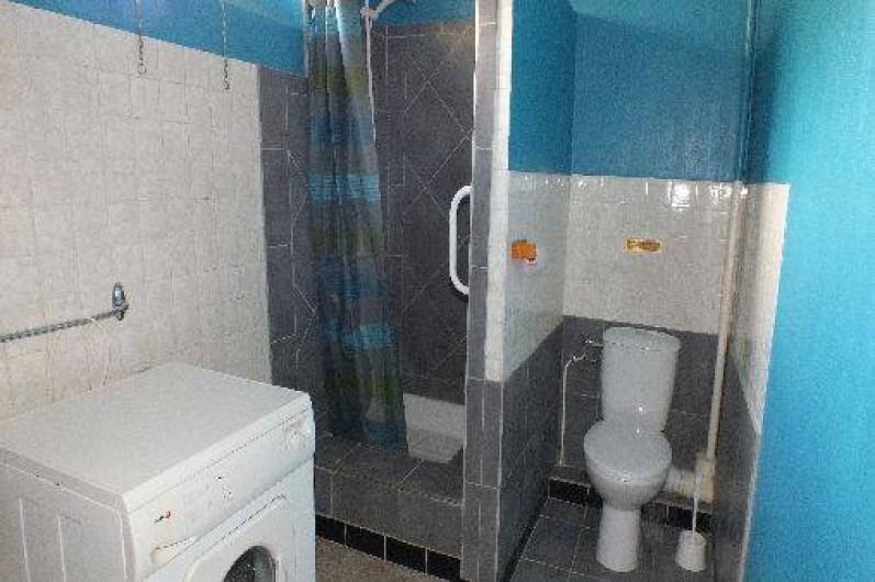 Location de vacances - Gîte à Ayzac-Ost - Salle d'eau