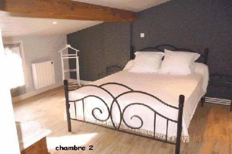 Location de vacances - Gîte à Châteldon - Chambre  2