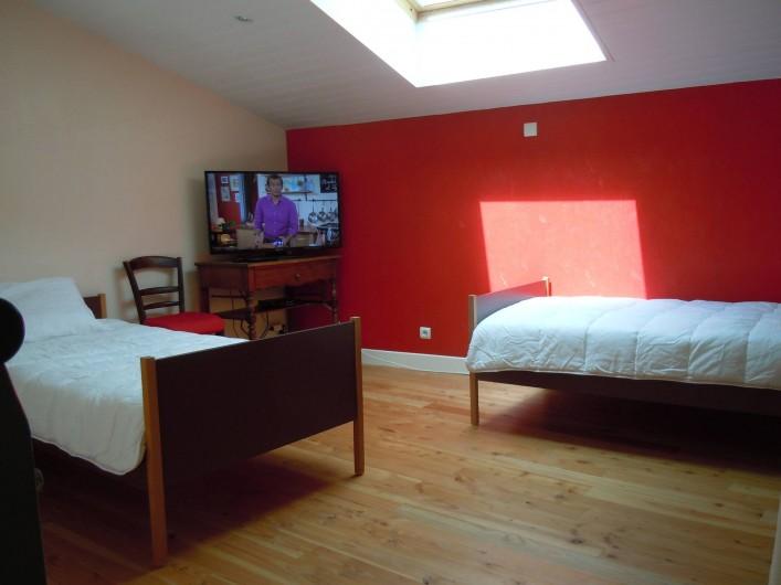 Location de vacances - Gîte à Châteldon - vue sur couchages mezzanine