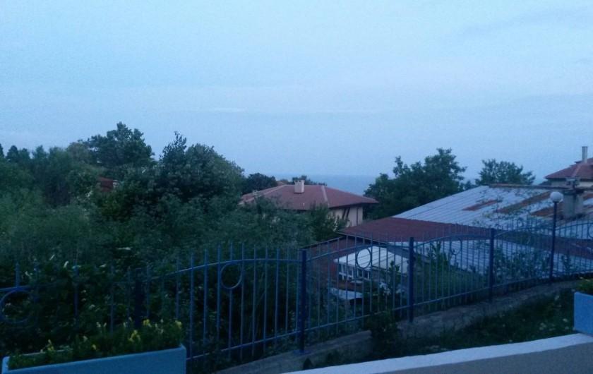 Location de vacances - Appartement à Varna - vue de la mer de la terrasse de l'appartement