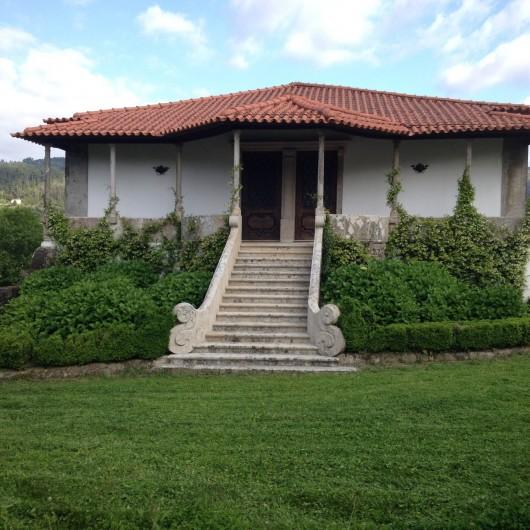 Location de vacances - Gîte à Santa Cruz do Lima - Entrée. Casa de Luou - 1er étage.