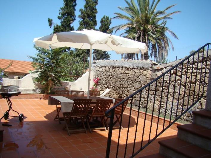 Location de vacances - Maison - Villa à Tresnuraghes - Notre  terrasse a l'arrière de la maison