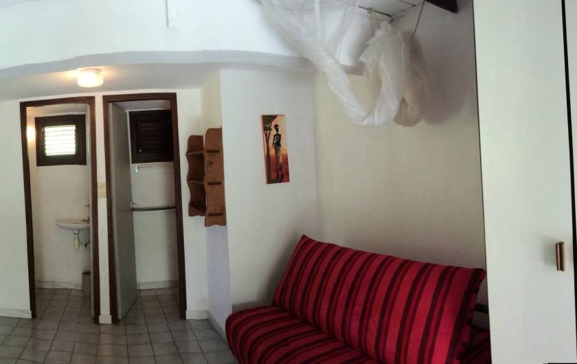 Location de vacances - Studio à La Trinité - Rez-de-chaussée avec lit d'appoint type (clic-clac)
