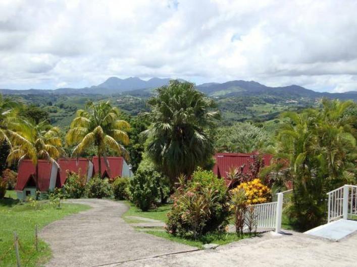 Location de vacances - Studio à La Trinité - Ensemble vue sur la Montagne