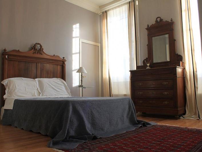 Location de vacances - Villa à Bram - Chambre double ensuite salle de bain