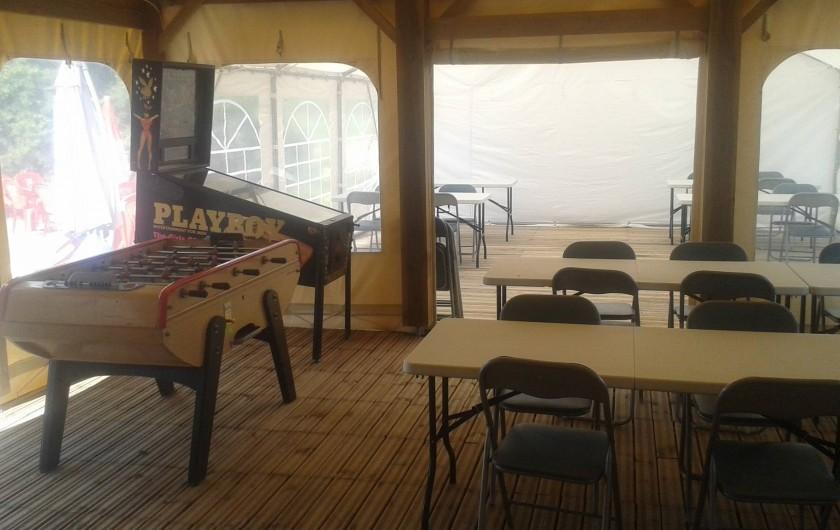 Location de vacances - Camping à Langogne - La salle du snack-bar