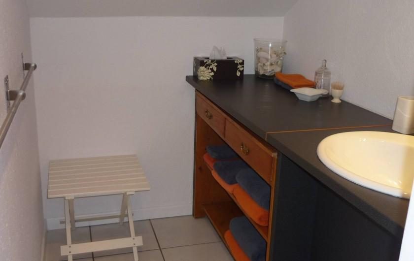 Location de vacances - Chambre d'hôtes à Kuttolsheim - salle de douches suite etoile