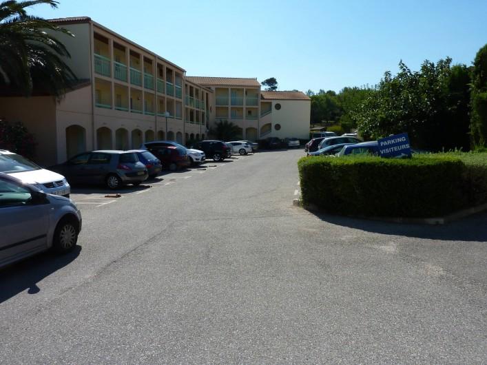Location de vacances - Studio à Sausset-les-Pins - Parking privé