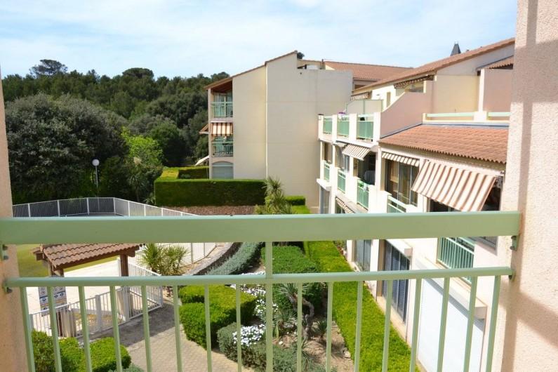 Location de vacances - Studio à Sausset-les-Pins - Vue de la loggia....