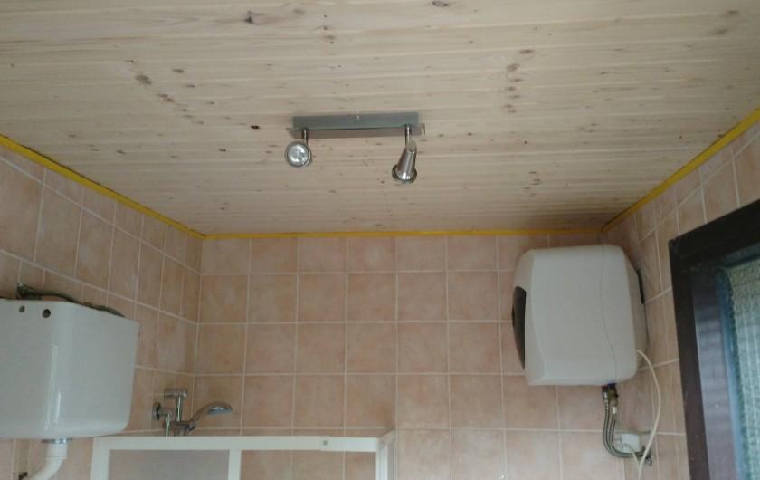 Location de vacances - Chalet à Guspini - La salle de bain