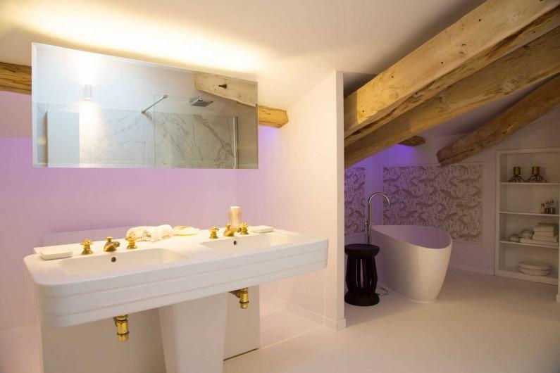 Location de vacances - Chambre d'hôtes à Saint-Paul-d'Espis - Suite Jardin Secret - Salle de bain