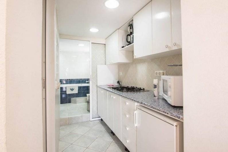 Location de vacances - Villa à Benissa - petite cuisine du studio