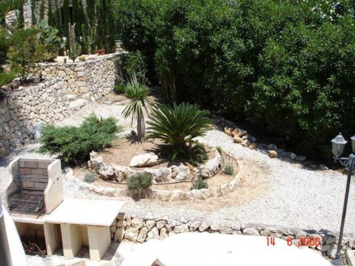 Location de vacances - Villa à Benissa - jardin avec BBQ