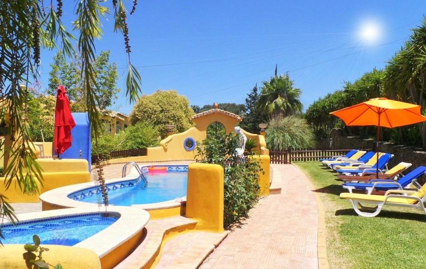 Location de vacances - Villa à Alvor - Piscine
