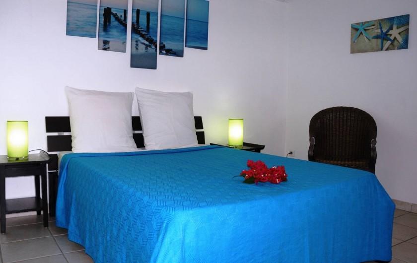 """Location de vacances - Appartement à Les Trois-Îlets - Villa Ansalane - T2 """"Raphaëlle"""" - Chambre"""