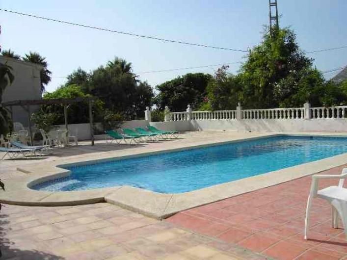Location de vacances - Chalet à Calp - piscine commune de  10 x 5 m