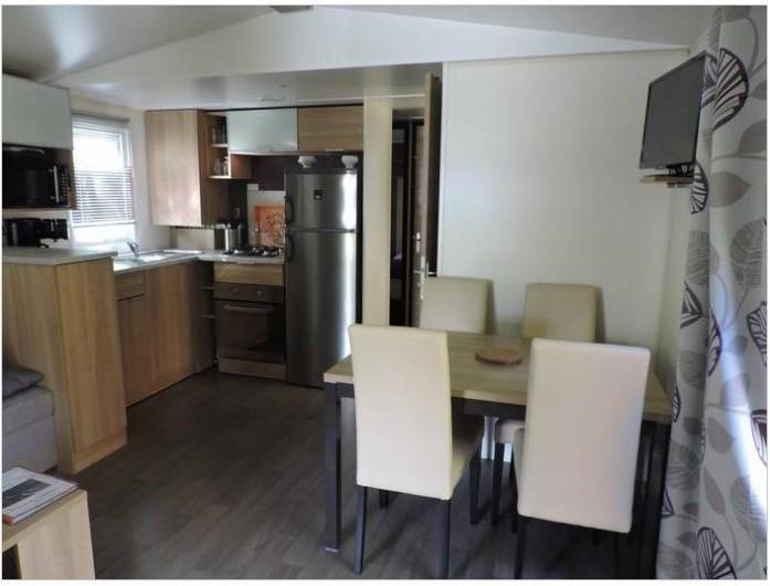 Location de vacances - Bungalow - Mobilhome à Vias - La pièce à vivre