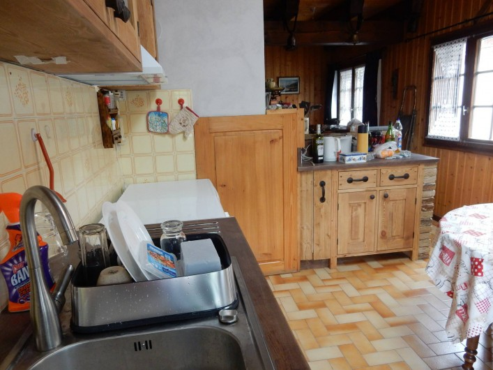 Location de vacances - Chalet à Les Houches - coin cuisine suite