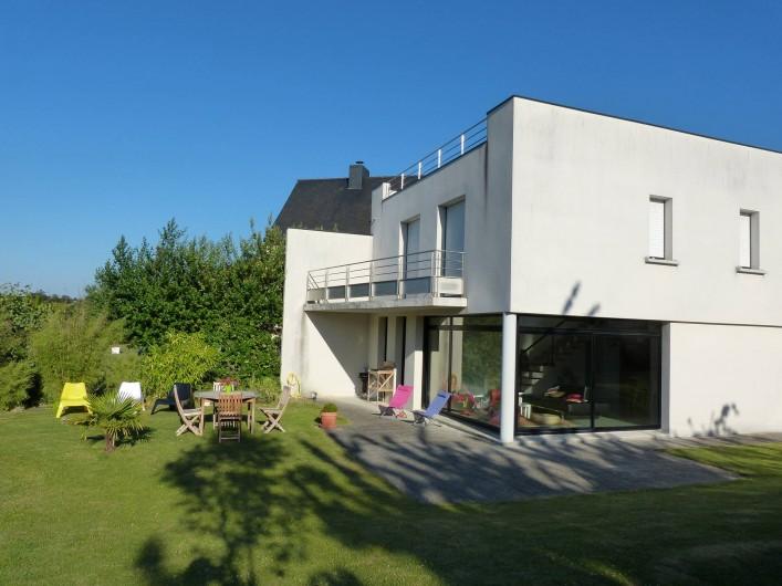 Location de vacances - Villa à Pléneuf-Val-André - Le jardin et la villa