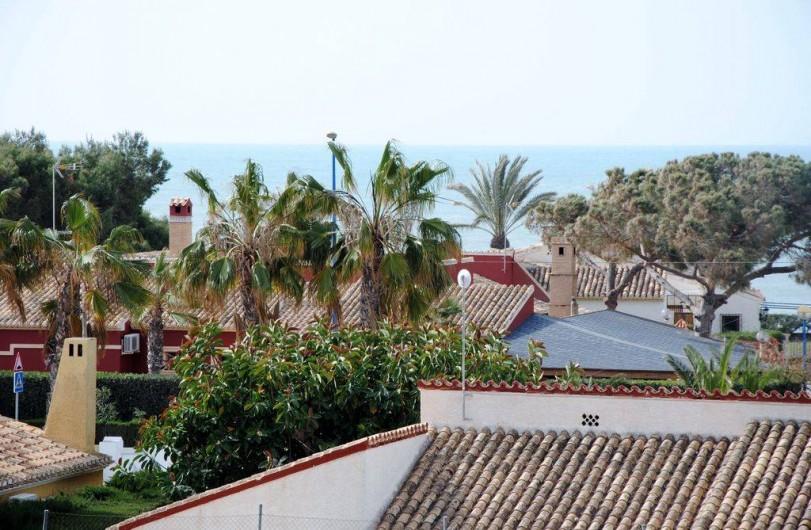Location de vacances - Appartement à Torrevieja - Vue depuis la terrasse
