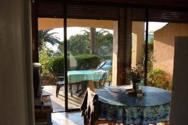 Location de vacances - Villa à Cargèse - salle à manger
