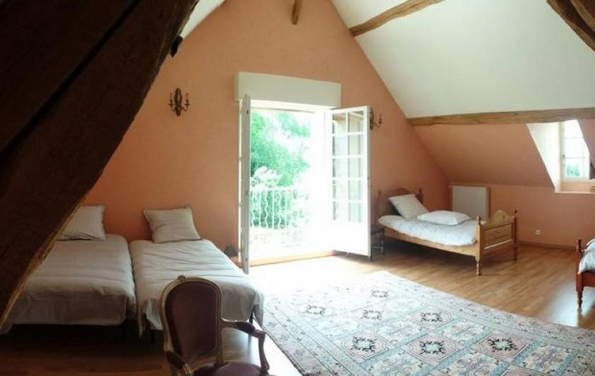 Location de vacances - Gîte à Villandry - Vue de la chambre 3 avec ses 2 lits pouvant être rapprochés