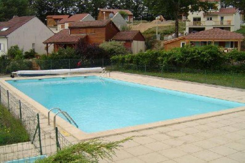 Location de vacances - Chalet à Saint-Gérons - Piscine privative