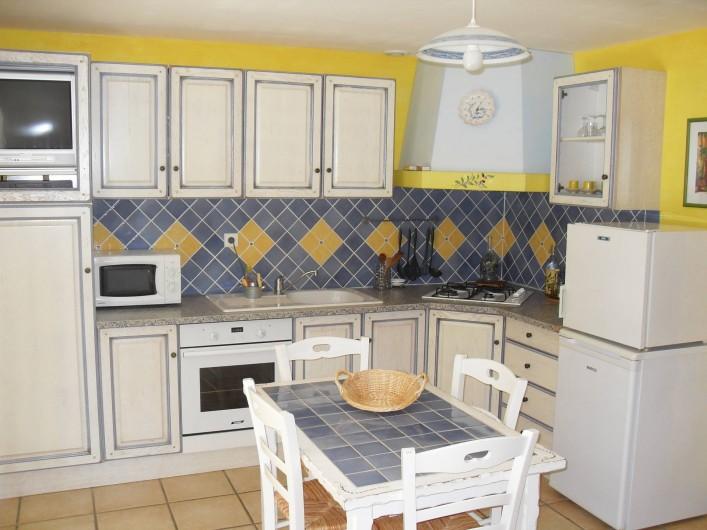 Location de vacances - Gîte à Moustiers-Sainte-Marie - cuisine
