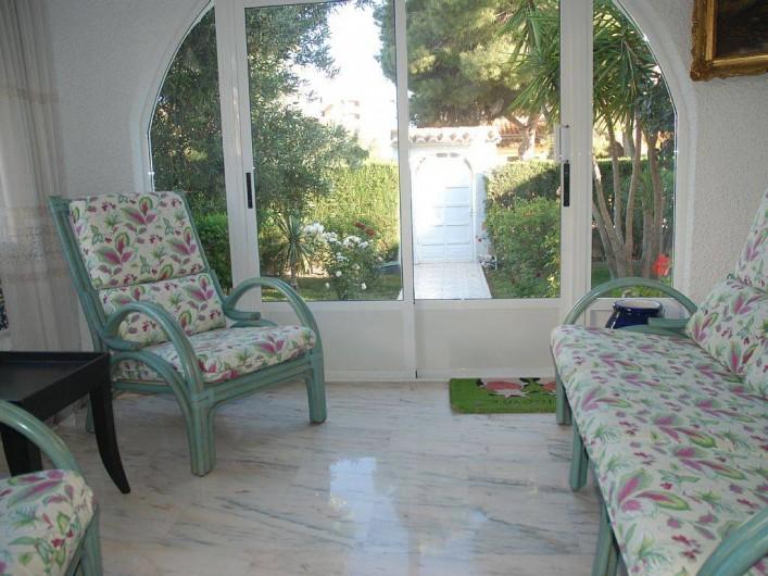 Location de vacances - Villa à La Zenia - salon d'entrée
