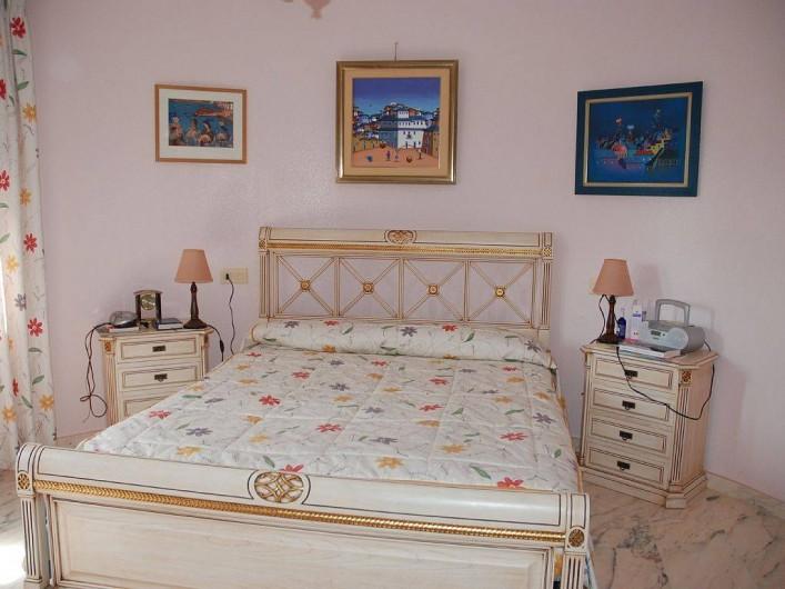 Location de vacances - Villa à La Zenia - chambre de la tour 1er étage