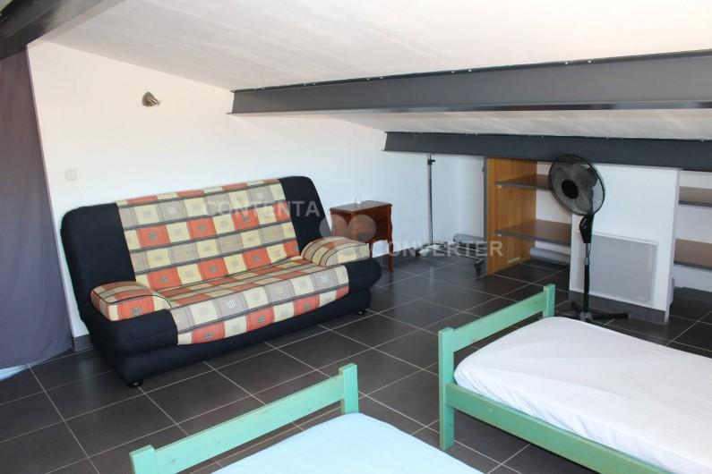 Location de vacances - Villa à Sainte Marie la Mer - mezzanine