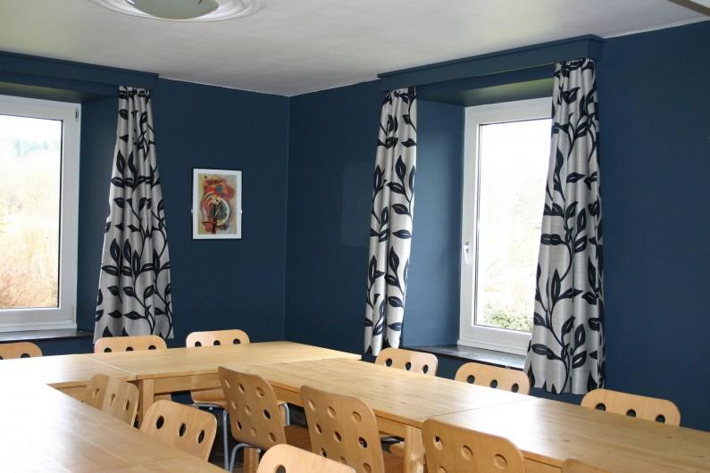 Location de vacances - Gîte à Petit-Thier - La salle à manger