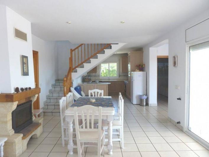 Location de vacances - Villa à L'Ametlla de Mar - séjour/ cuisine américaine