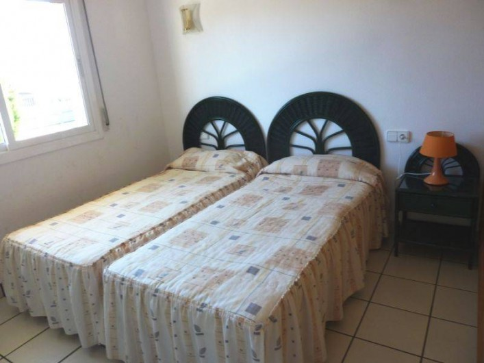 Location de vacances - Villa à L'Ametlla de Mar - chambre1