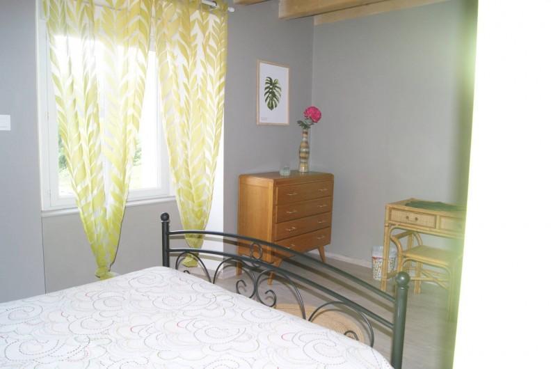 Location de vacances - Appartement à Barretaine - Chambre double verte