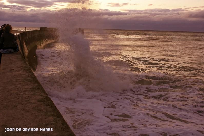 Location de vacances - Appartement à Saint-Valery-en-Caux - Jour de grande marée au coucher du soleil
