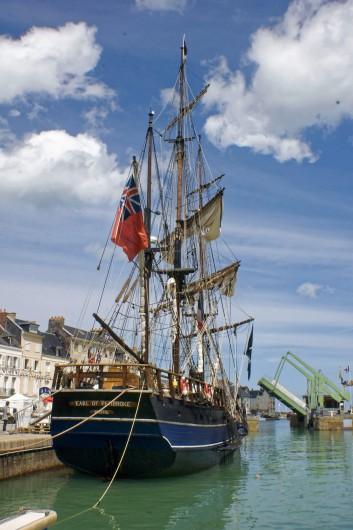 Location de vacances - Appartement à Saint-Valery-en-Caux - Jour de la fête de la mer au mois d'août