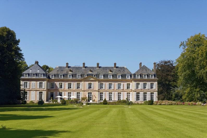 Location de vacances - Appartement à Saint-Valery-en-Caux - Le château où l'impératrice Sissi  séjourna  à Sassetot le Mauconduit