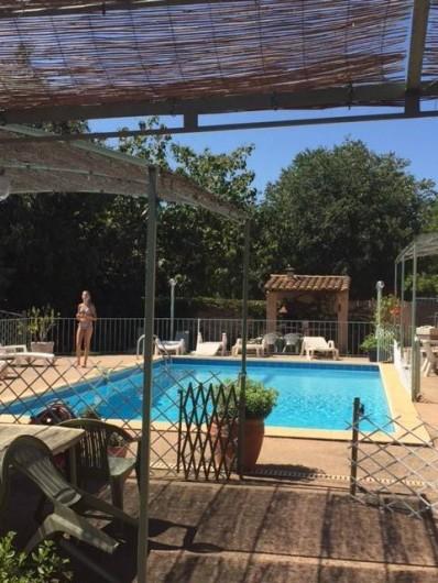 Location de vacances - Gîte à Gargas - Piscine