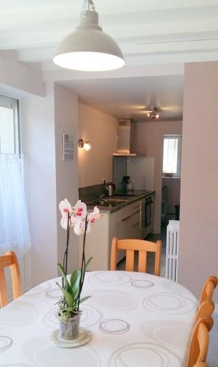 Location de vacances - Maison - Villa à Barfleur - Cuisine ouverte sur le séjour