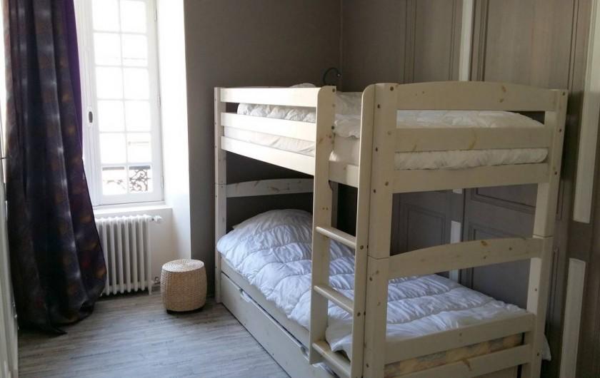 Location de vacances - Maison - Villa à Barfleur - Chambre avec lits superposés et lit-tiroir