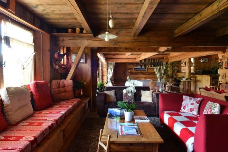 Location de vacances - Chalet à Flumet - Salon avec vue sur la grande pièce